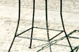 stolek_na_kvetiny